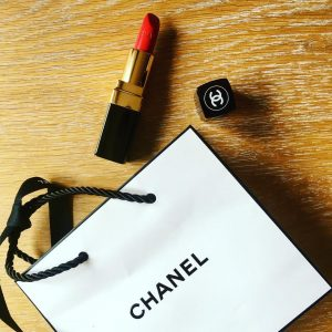 Rouge à lèvres Chanel. Boutique Chanel, Paris Le Marais